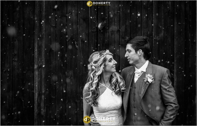 Wishaw Country Sports Wedding couple in the snow