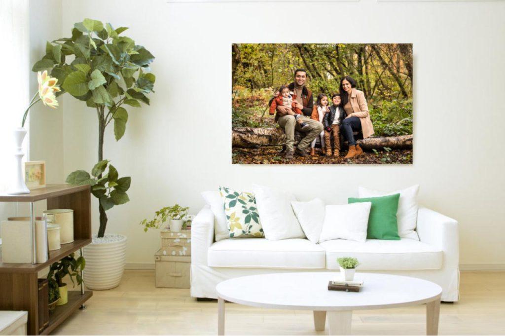 Family portrait room set