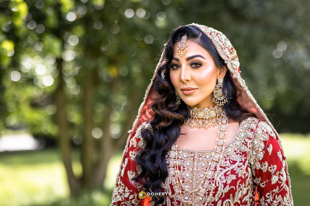 Beautiful asian bride in Birmingham