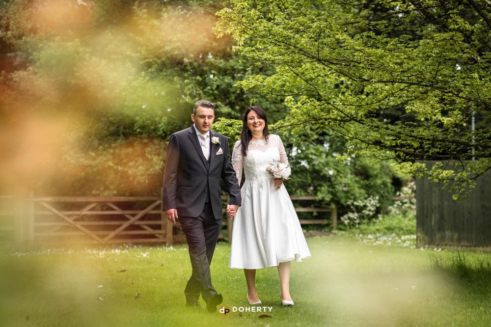 Wedding photos in Bodicote House gardens in Banbury